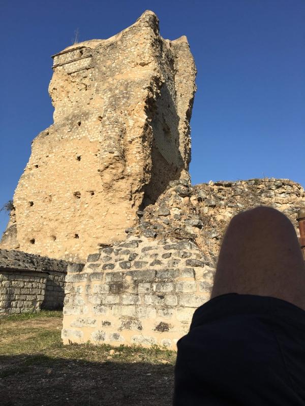 Nuit dans les ruines romaines de Naintré