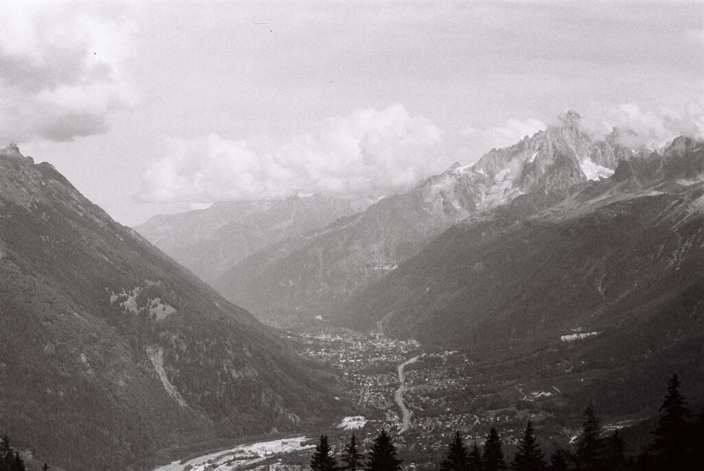 Vallée de l'Arve dans le massif du Mont Blanc