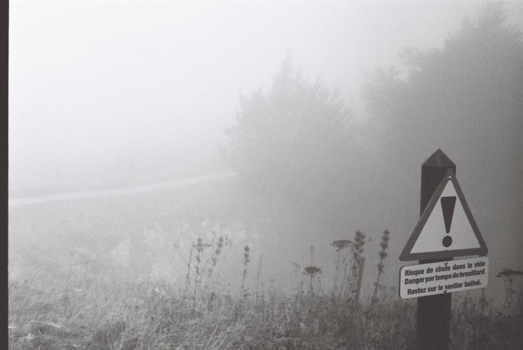 Panneau dans le Jura